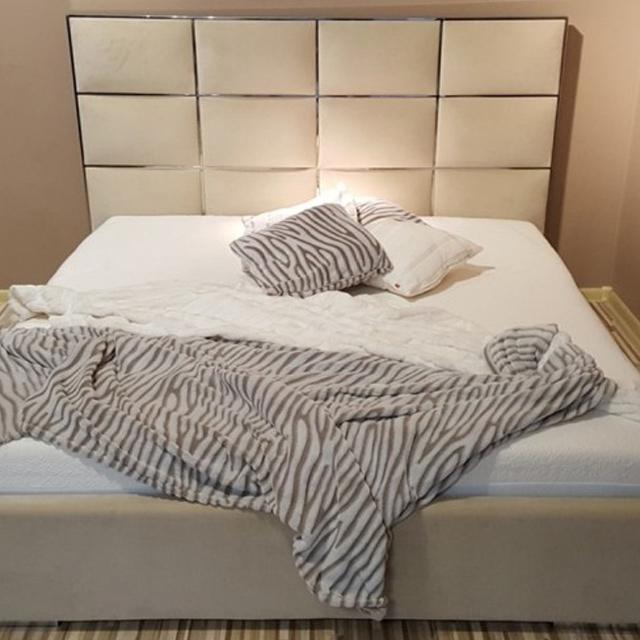 łóżka Tapicerowane Ze Stali Nierdzewne Do Sypialni
